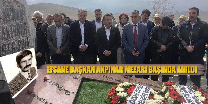 EFSANE BAŞKAN AKPINAR MEZARI BAŞINDA ANILDI