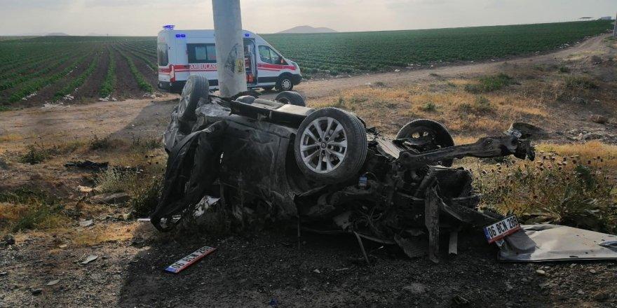 Kontrolden çıkan otomobil takla attı:1 ölü 3 yaralı