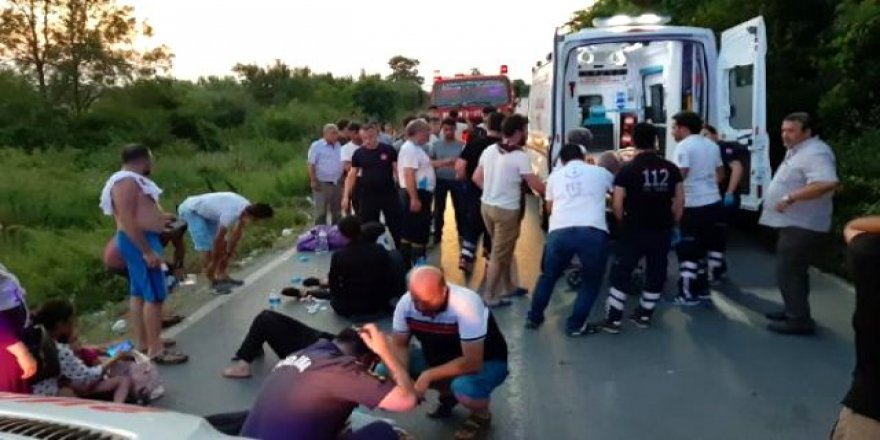 Piknik dönüşü kaza 23 yaralı