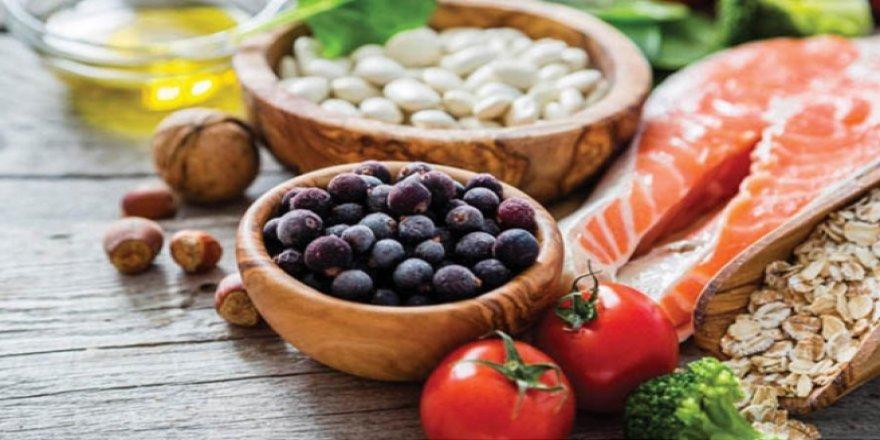 Kış Aylarında Bağışıklık Sisteminizi Güçlü Tutmak İçin Ne Yediğinize Dikkat Edin