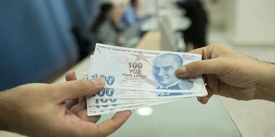 Memur emeklilerin maaş farkları ödenmeye başlandı