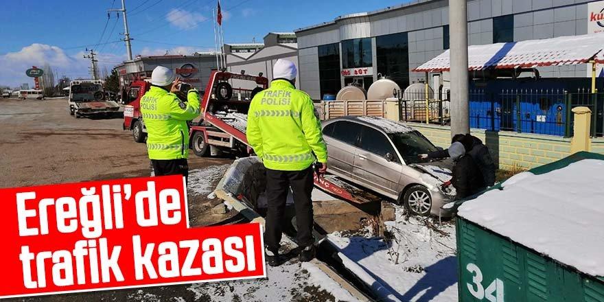Kontrolden çıkan otomobil duvara çarptı; 1 yaralı