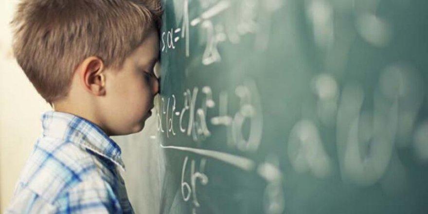 Okula dönüşte kaygı ve mutsuzluk görülebilir