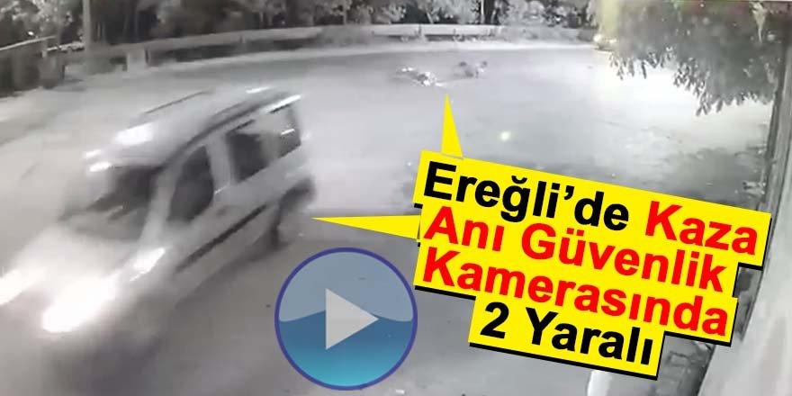MOTOSİKLET KAMYONETE ARKADAN ÇARPTI 2 YARALI
