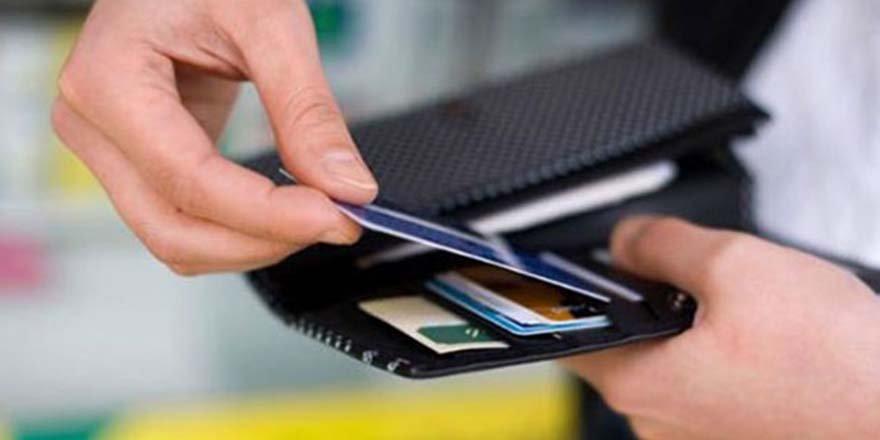 Kredi kartı aidatı dolandırıcılığı uyarısı