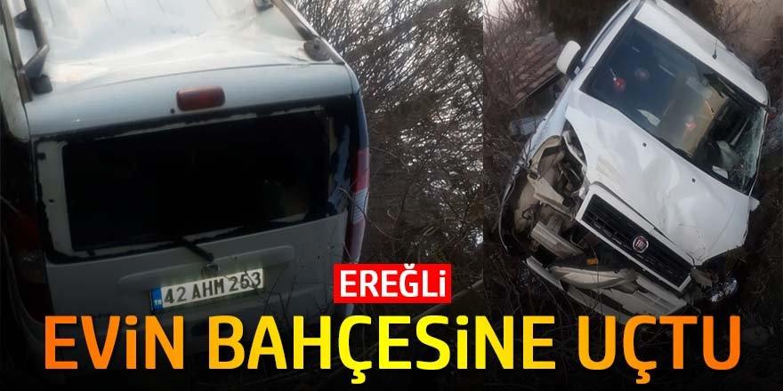 Ereğli'de otomobil evin bahçesine uçtu