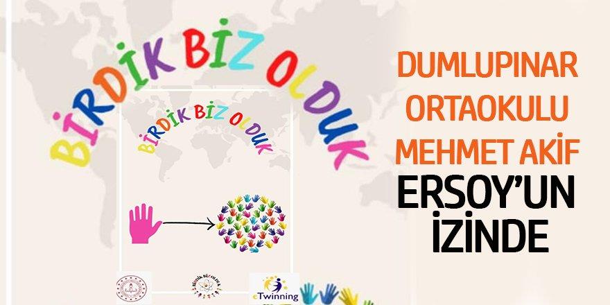 Dumlupınar Ortaokulu Mehmet Akif Ersoy'un İzinde