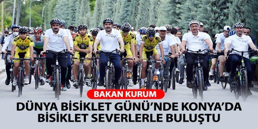 Bakan Kurum Dünya Bisiklet Günü'nde Konya'da Bisiklet Severlerle Buluştu