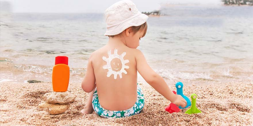 Koruyucu kremi, güneşe çıkmadan 20 dakika önce sürün