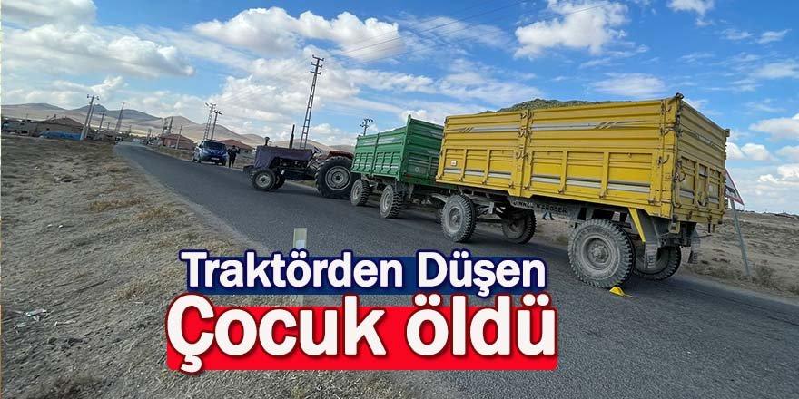 Traktörün altında kalan çocuk Öldü