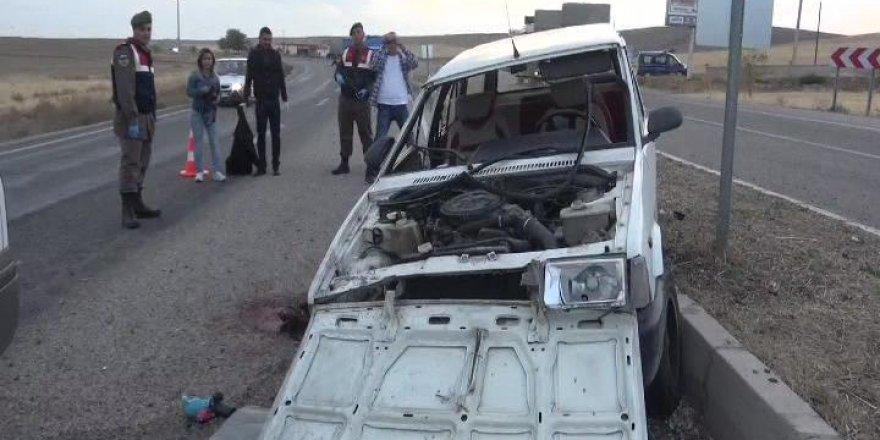 Yoldan Çıkan Otomobil Takla Attı 1 Ölü 3 Yaralı