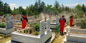 Bütün Mezarlıklara Büyükşehir Eli Değdi