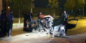 Polisten kaçan otomobil kaza yaptı: 2 ölü