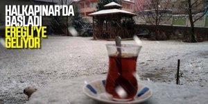Halkapınar'da Kar Yağışı Etkili Oluyor
