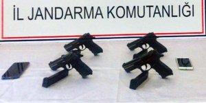 Şüphe üzerine durdurulan araçta silah bulundu