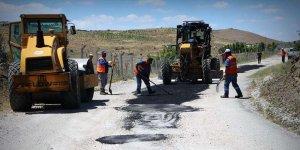 Halkapınar ve Büyükşehir ekipleri çalışıyor